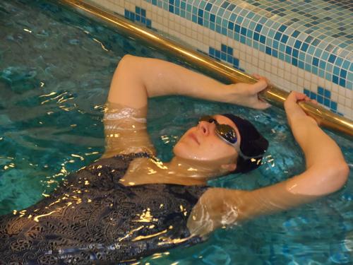 Индивидуальное занятие в бассейне